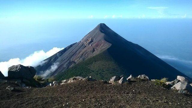 acatenango_volcano