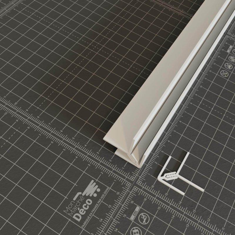 Profil d'angle PVC en blanc