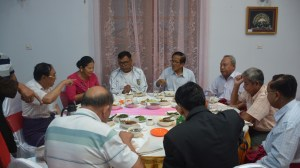 Representatives of Mon political parties at the Ethnic Affairs Minister's dinner (Photo: MNA)