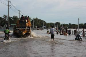 Road expansion failure at Kannar Lan as seawater floods the road (Photo:MNA)
