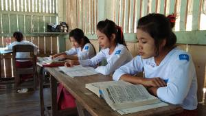 Wingabar School students are studying (Photo: Aot Jae)
