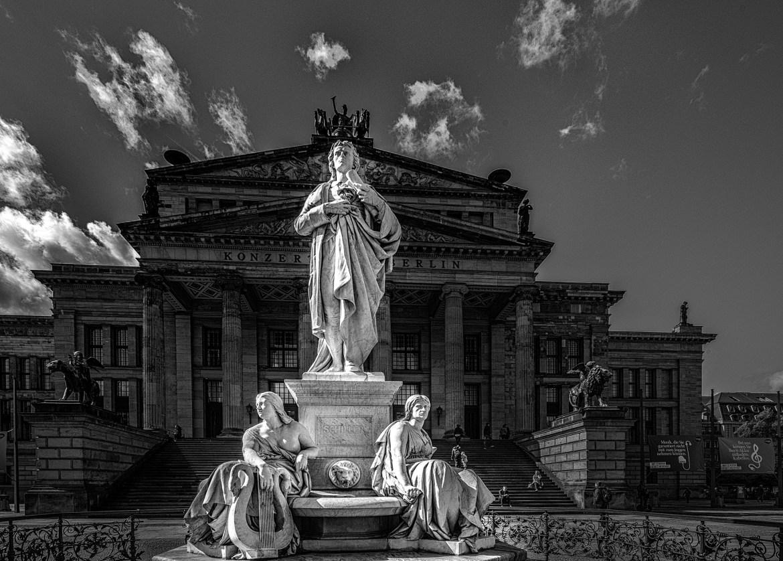 2017-09-13-Berlin-L1008182-2 by Roger Schäfer.
