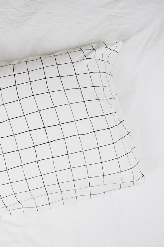 DIY Kopfkissenhülle Grid mit Pintor