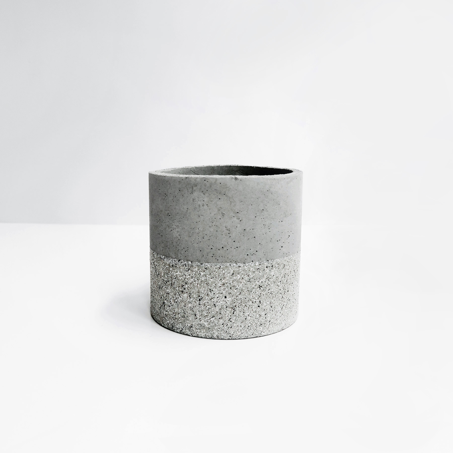 GRANITE 花崗岩等圓水泥盆器 / Moderate cylinder concrete pot