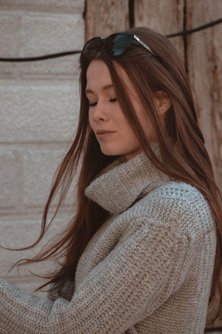 sulfate-free haircare | Monochrome Minimalist