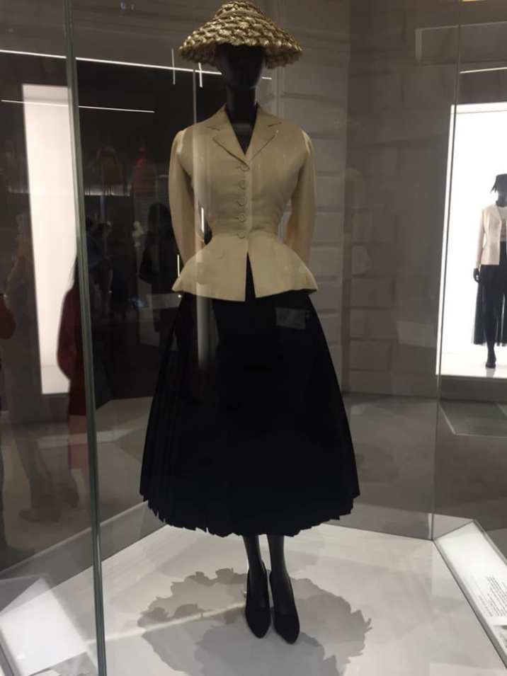 The Bar Suit, Christian Dior