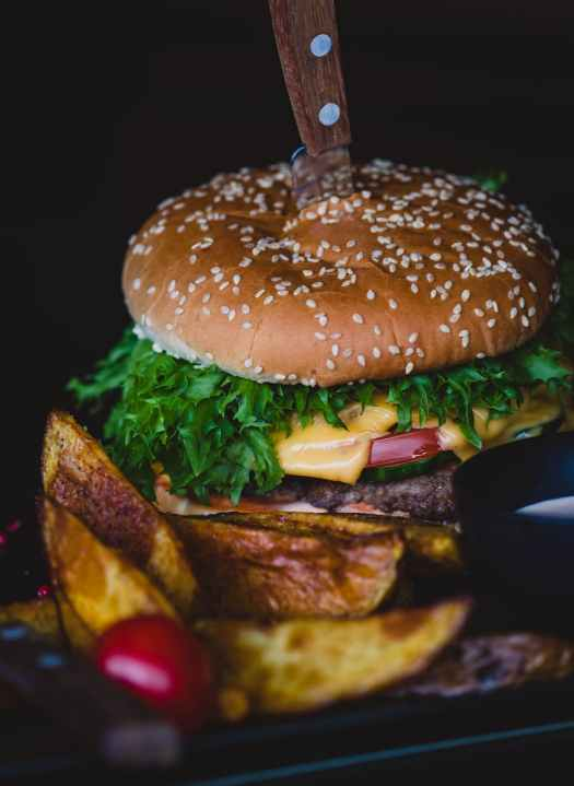 burger with spinach and cheese