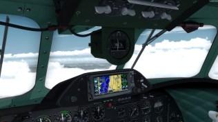 Wer partout nicht mit klassischer Navigation zum Ziel findet, darf auch auf das GPS ausweichen (hier das GTN650 von Flight1, das sich in die Connie einbinden lässt).