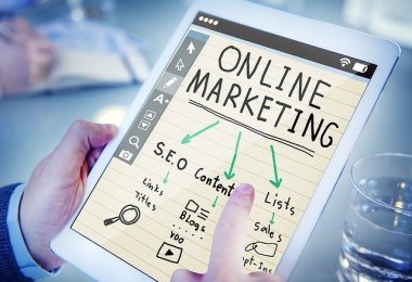 online marketing 1246457 640 - Influencer în România- de la marketing la branding personal