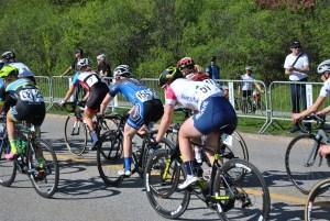 Course à vélo pour femmes.