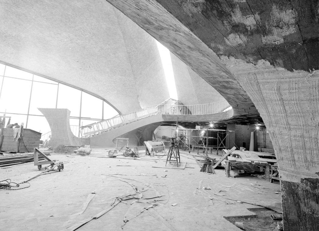 Neofuturistic architecture of Eero Saarinen 1950s and 60s