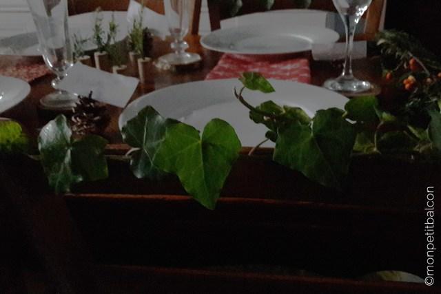 Décoration de table de noël végétale déco de chaise en lierre