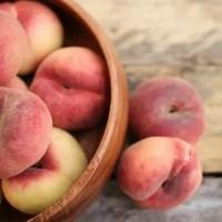 桃の意味するフランス語の読み方は?同じ音で違う意味の言葉だった!