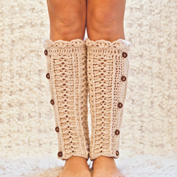 Ivory Buttoned Leg Warmers, crochet pattern by Mon Petit Violon