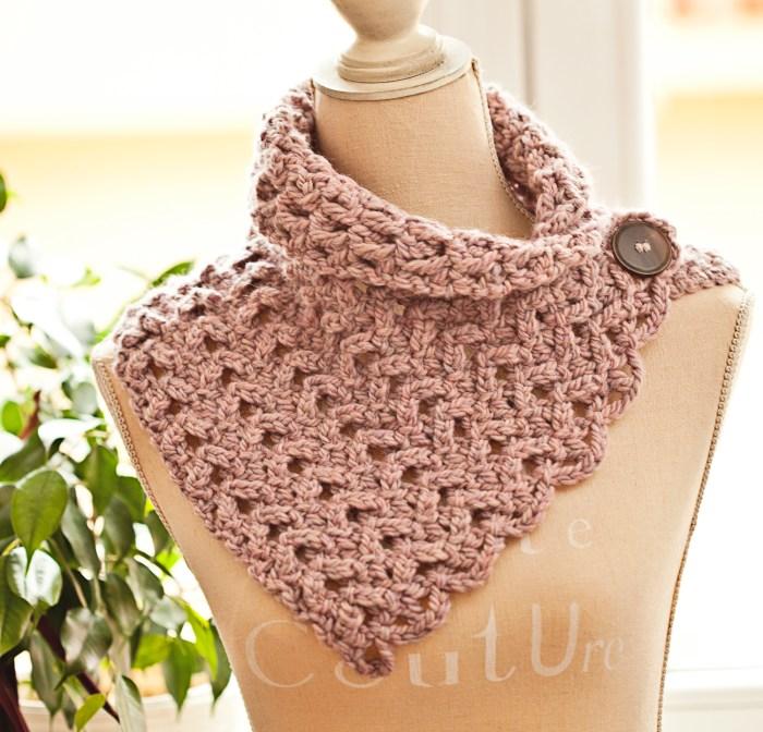Chevron Scarf - Cowl - crochet scarf pattern by Mon Petit Violon