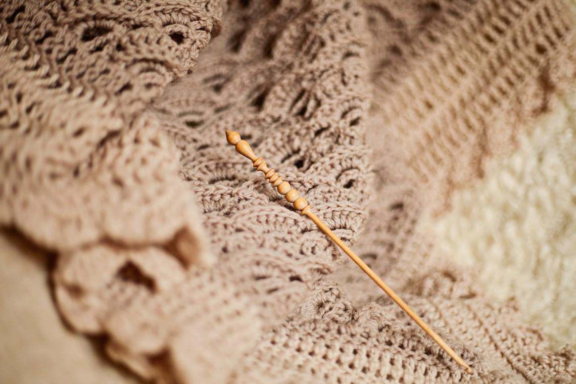 Elizabeth Shawl, crochet pattern by Mon Petit Violon