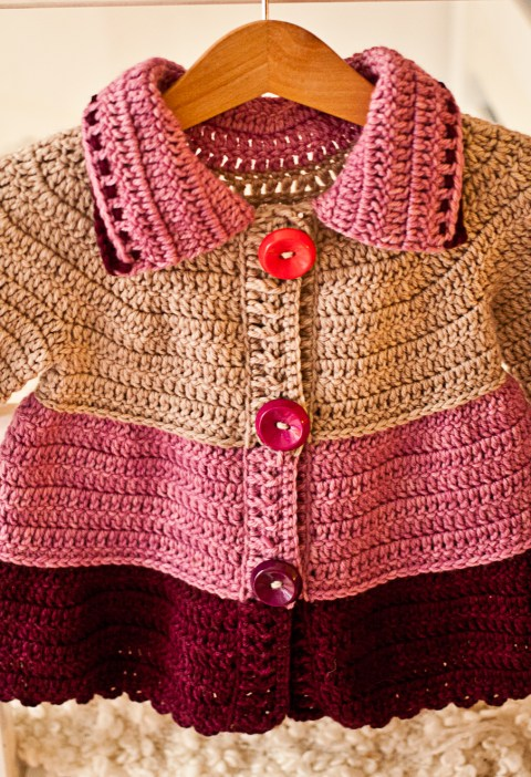 Crochet pattern by Mon Petit Violon, Tiered Jacket