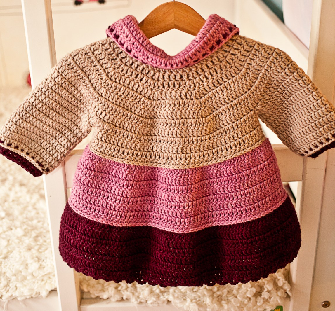 Crochet pattern by Mon Petit Violon, Tiered Jacket
