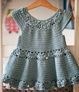 Magnolia Dress, crochet pattern by Mon Petit Violon