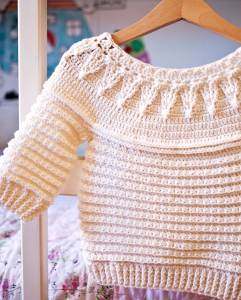 Stella Sweater, crochet pattern by Mon Petit Violon