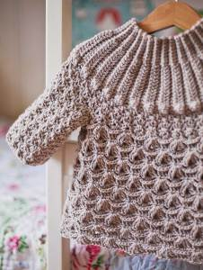 Cappuccino Sweater, crochet pattern by Mon Petit Violon