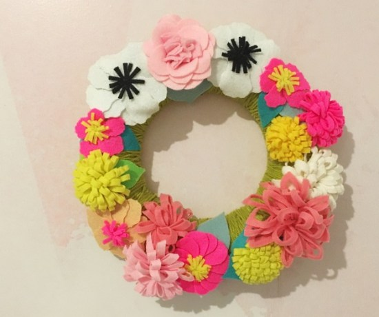 couronne de fleurs en feutrine