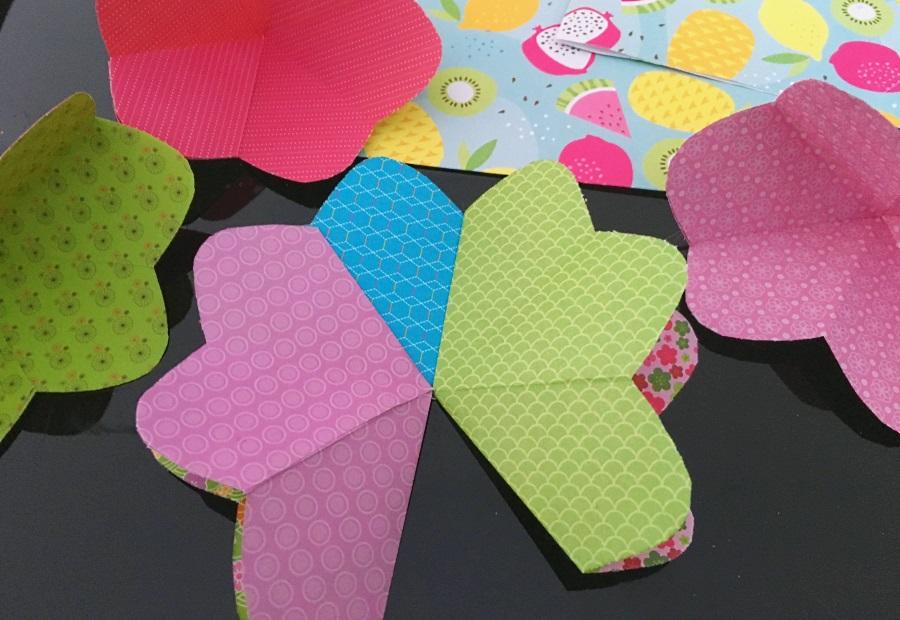assemblage des fleurs carte pop up 1