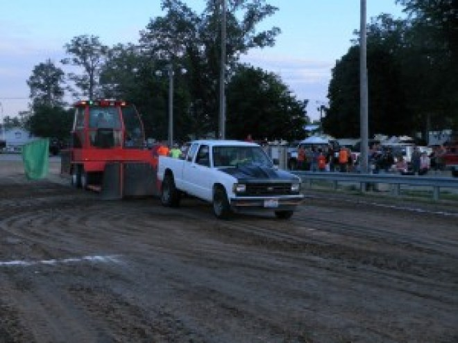 truck pull two wheel drive