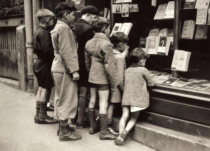 Marché du livre et papiers de collections à l'Académie des Métiers ( Léo Collard) Bd Kennedy samedi 16 octobre 2021 8h-13h30
