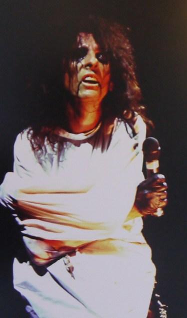 Alice Cooper au Pavillon de Paris en 1976