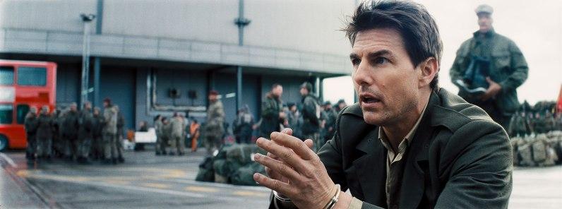 Le commandant William Cage ( Tom Cruise)