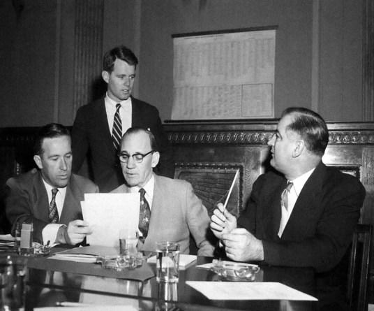 Robert Kennedy et Joseph Mc Carthy