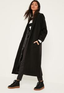 manteau-long-noir-revers-droits