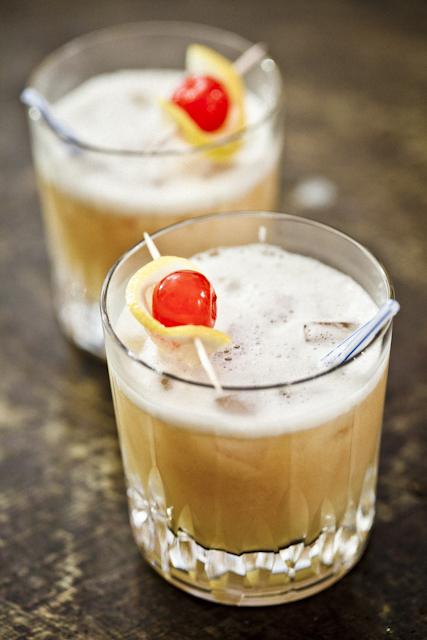 MonsieurMadame cocktail Whisky Sour