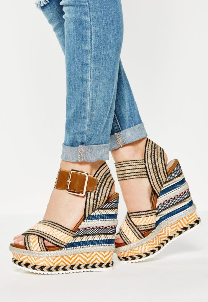 Sandales compensées en rafia MissGuided
