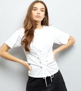 t-shirt-blanc-à-lacets-style-corset-