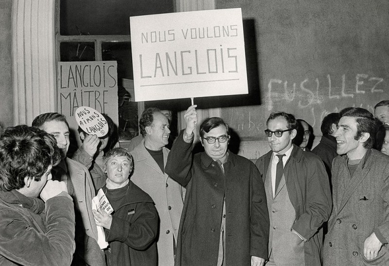 Manifestation avec les étudiants - 1968 - festival de cannes