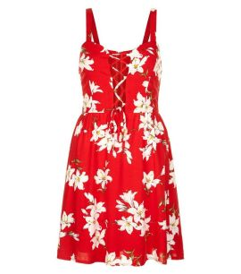 parisian-red-floral-print-lattice-front-dress