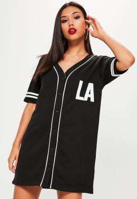 robe-noire-sporty-oversize-bordures-contrastantes