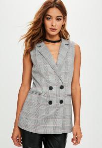blazer-sans-manches-gris--carreaux