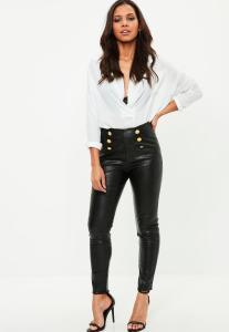 pantalon-noir-en-simili-cuir