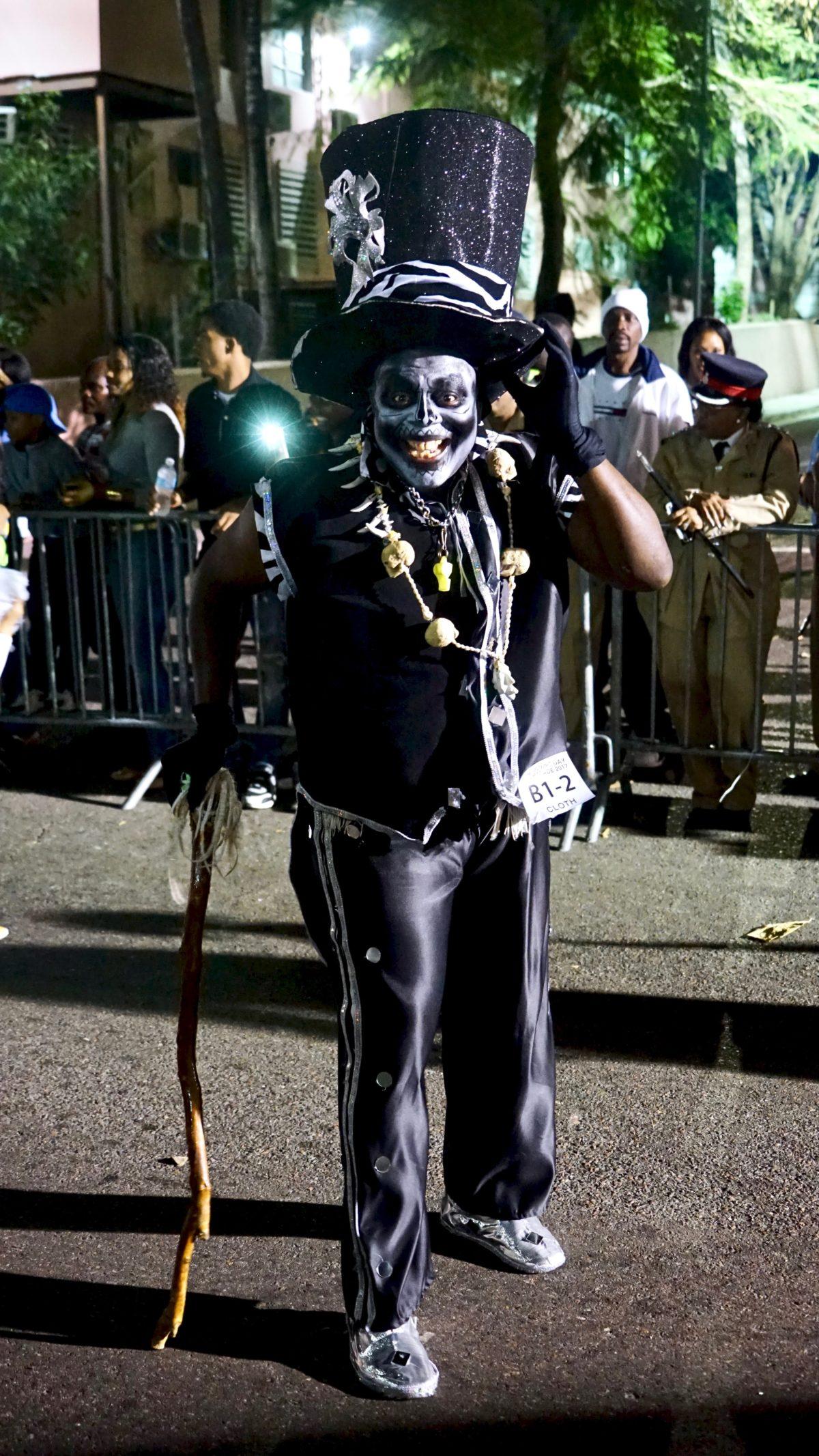 carnaval-junkanoo-bahamas-nassau-caraibes-monsieurmada.me-magazine-voyage-lestendancesdelilou-boris-deltell-sorryofrmyfrench-travel-photography