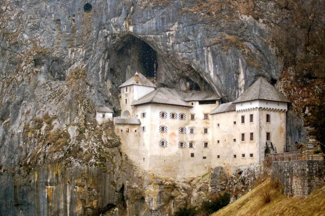 Predjama_Castle2