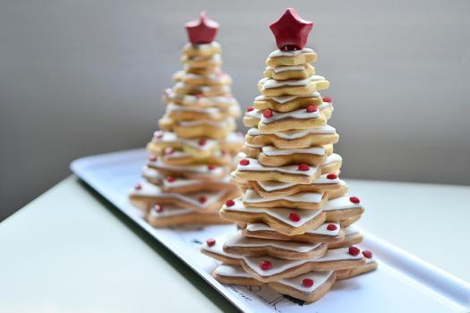 arbol hecho con galletas estrella navidad