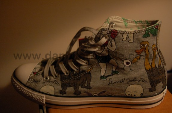 Daniel Johnston converse shoe outter side