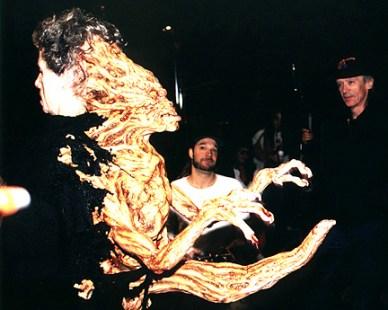 The Kane creature on set.