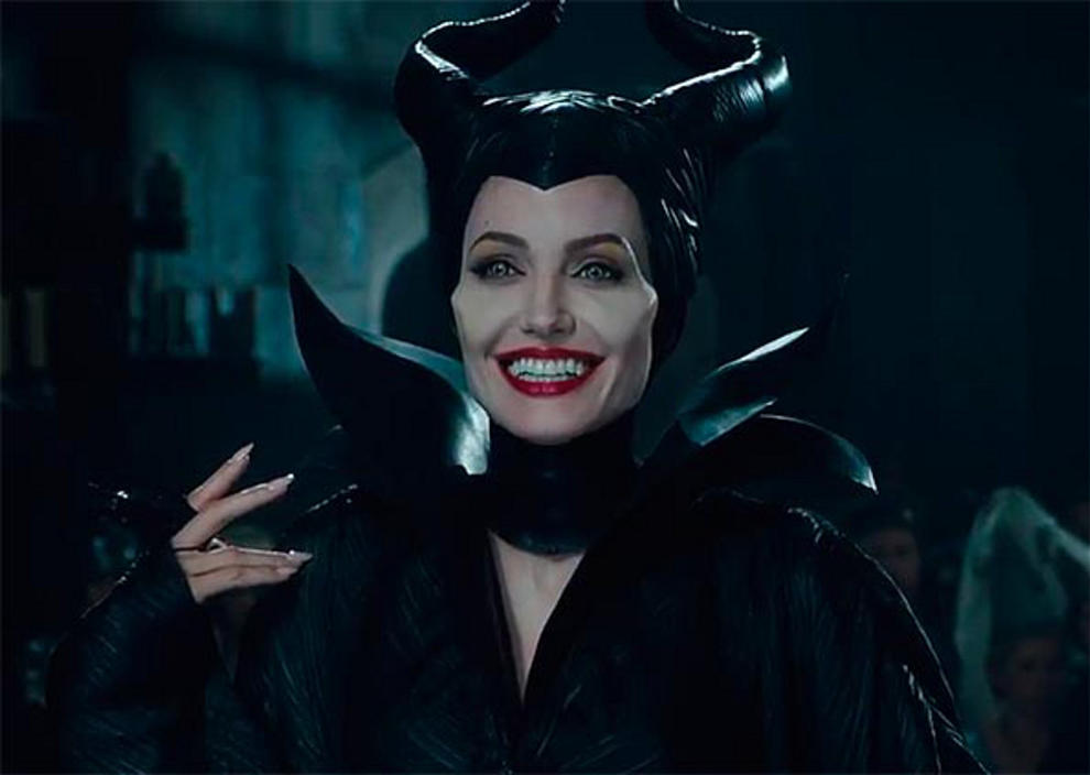 Maleficent Angelina Jolie sorriso