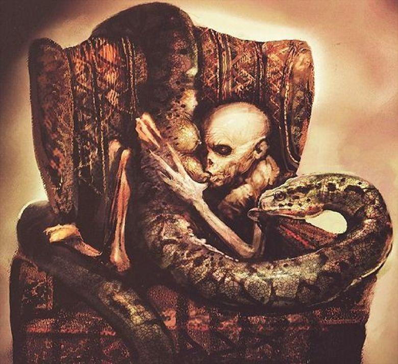 Nagini allatta il piccolo Voldemort