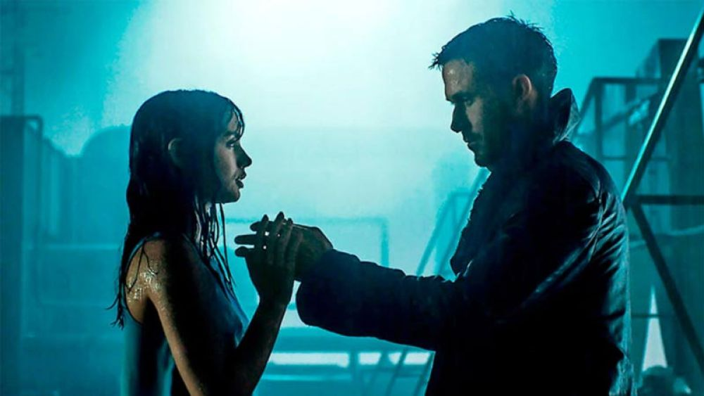 Blade Runner 2049 scena romantica