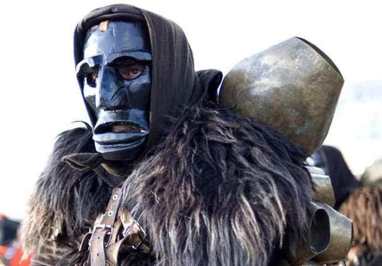 Mamuthone costume Sardegna